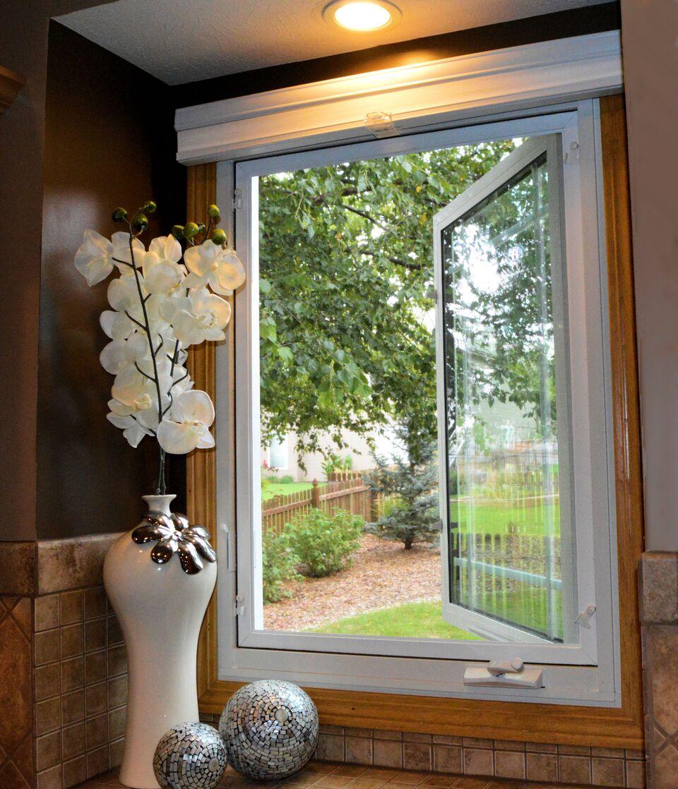 Casement Windows | Replacement Windows | Window Depot Milwaukee